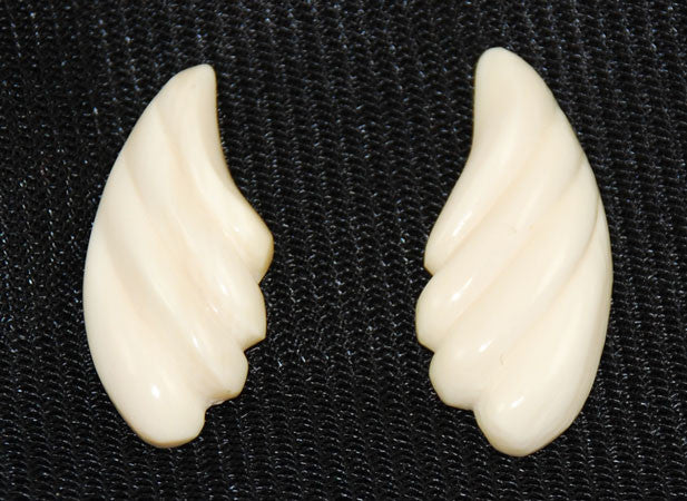 Pair of Ivory Scalloped Pieces-Flat Back Vintage