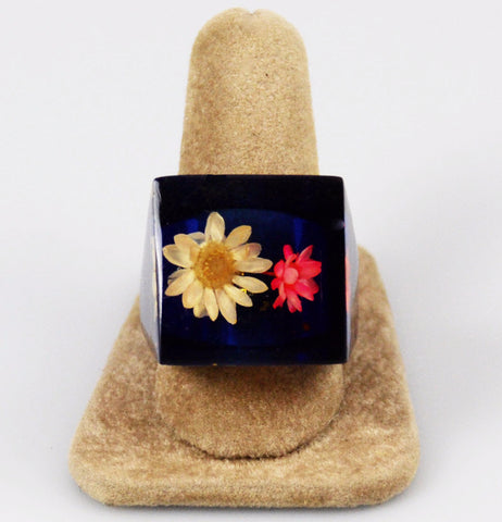 Lucite Floral Ring in Blue Size 9.5