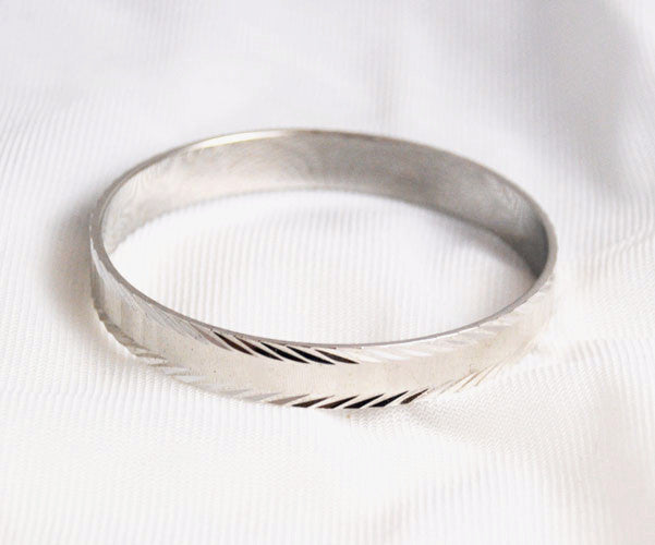 Monet Mid Century Silver Tone Bangle Bracelet