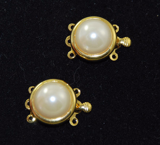 Round Gold Plated Pearl Clasps three strands