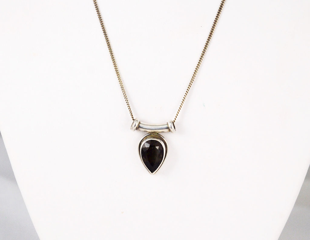 Smoky Quartz Pear-Shaped Necklace - 4.5 carats