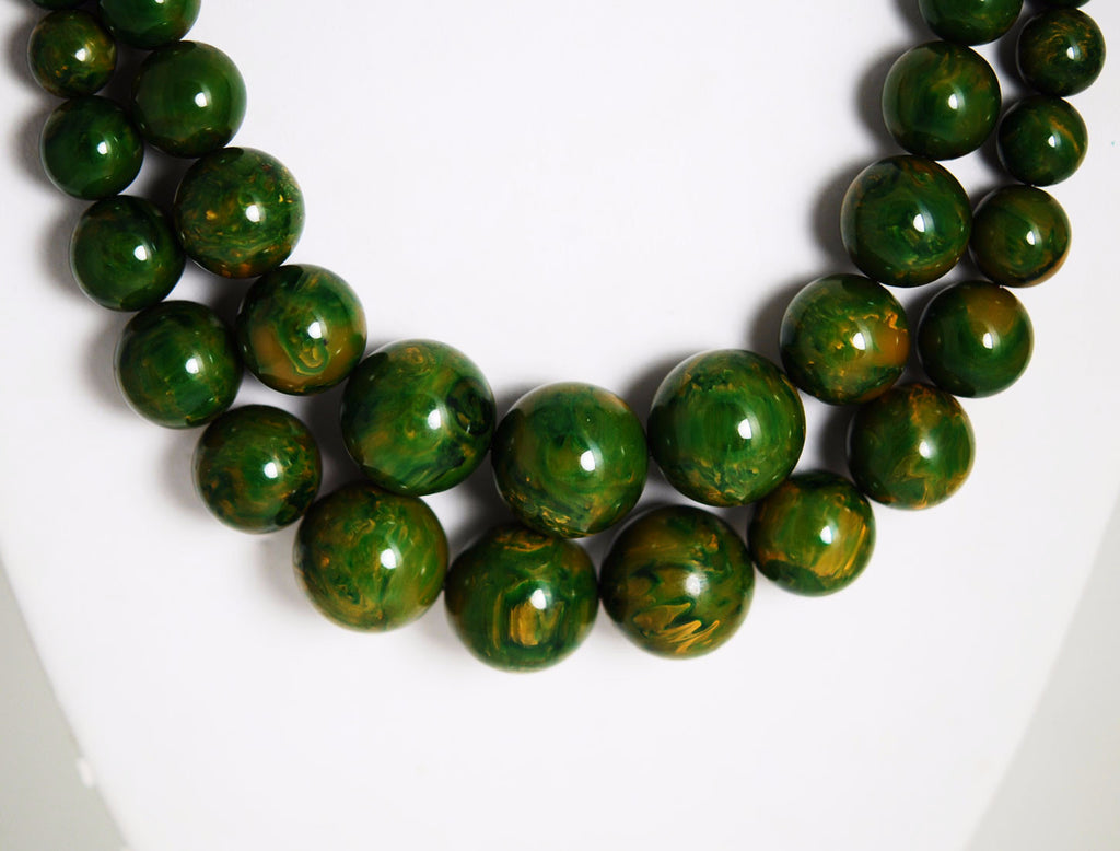 Double Strand Spinach Bakelite Necklace Vintage
