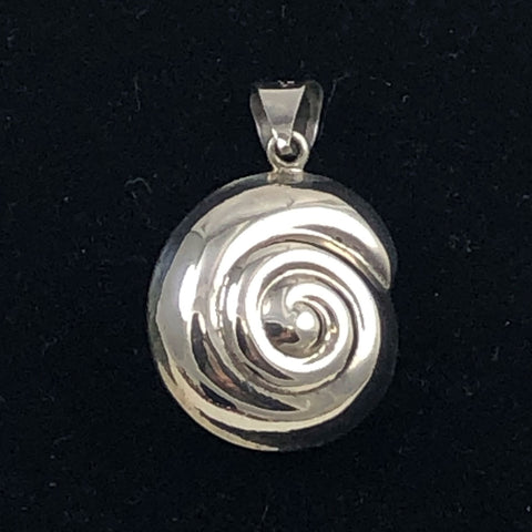 Sterling Shell Pendant Mexican Silver