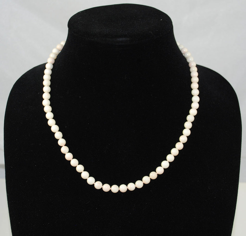 White Coral Rounds Necklace 6-7mm 14Kt Gold Clasp 19""