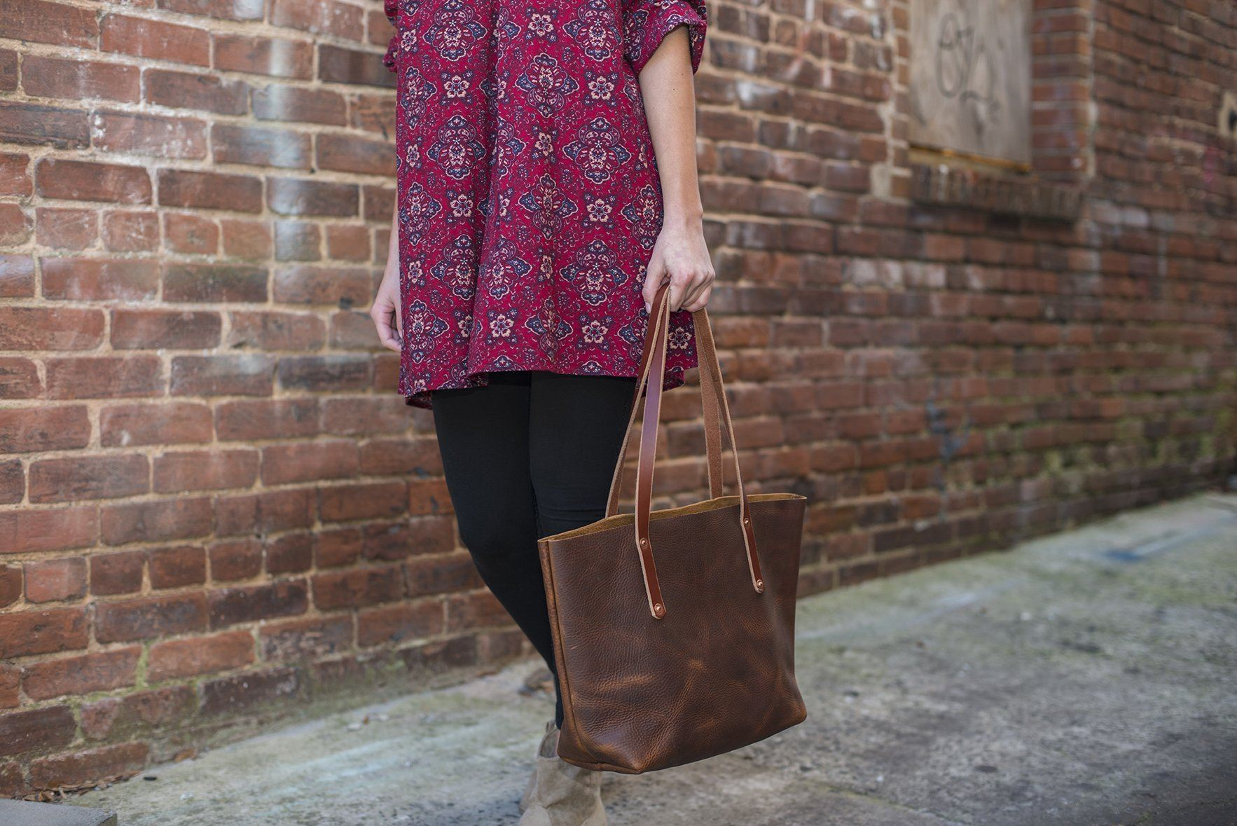 What's Your Ideal Leather Tote Bag?