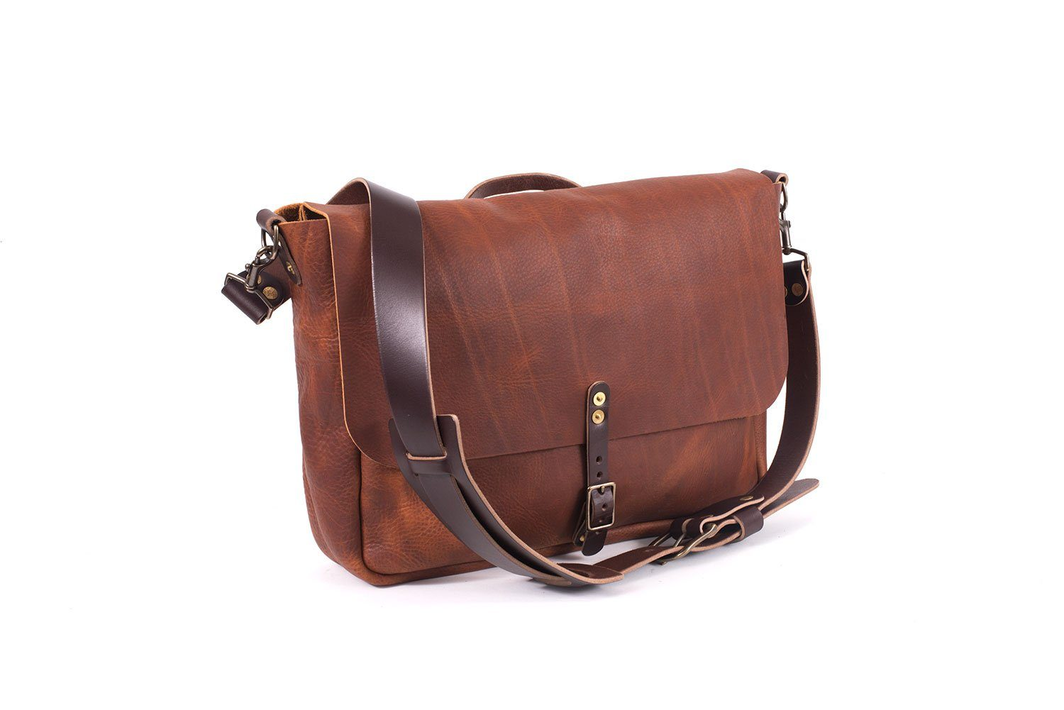 STEPHEN LEATHER MESSENGER BAG