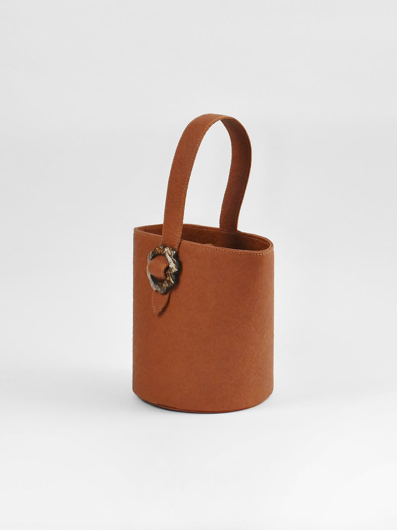 Flower Bucket, Canela