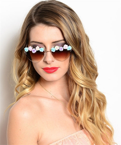 Heart Shaped Flowers Sunglasses Summer Of Love Sunnies Pastel Flower Border Brown Or Black Available Groovy