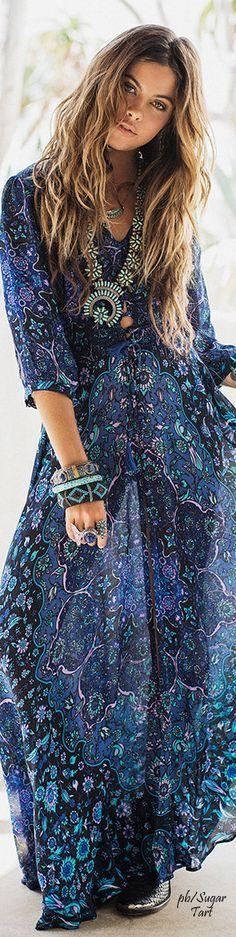 Long-Flowing Summer Dresses with Sleeves