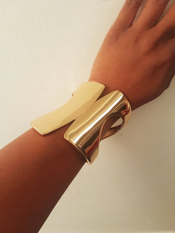 Statement gold cuff