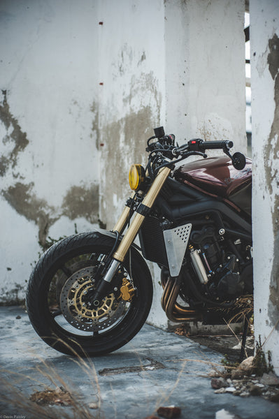 Triumph Street triple custom cafe racer wolf moto woodstock moto co motorcycle