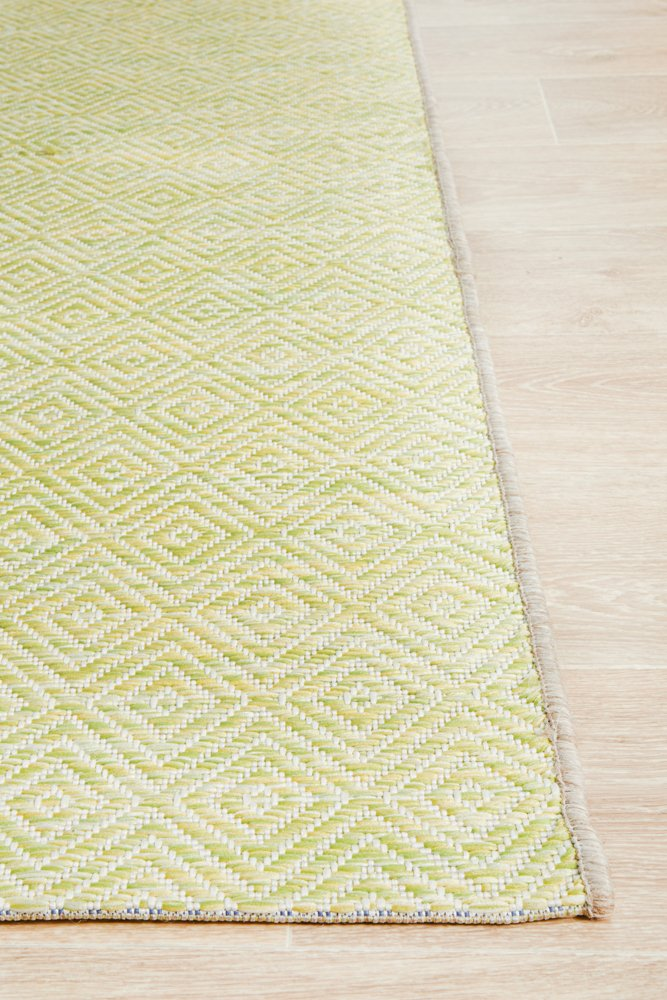 TERRACE Lime Diamond Pattern OUTDOOR RUG - Razzino Furniture