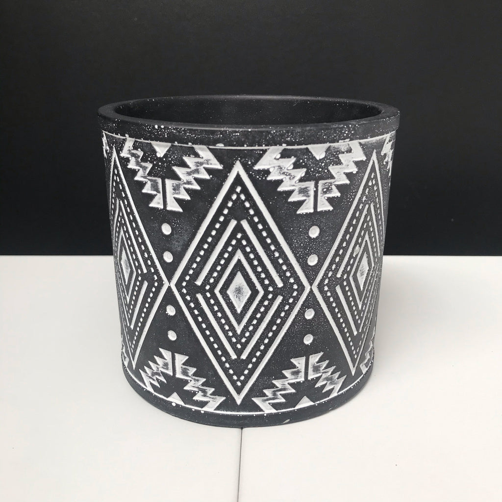 Aztec Pot - Painted Black with Engraved Pattern - 12cm