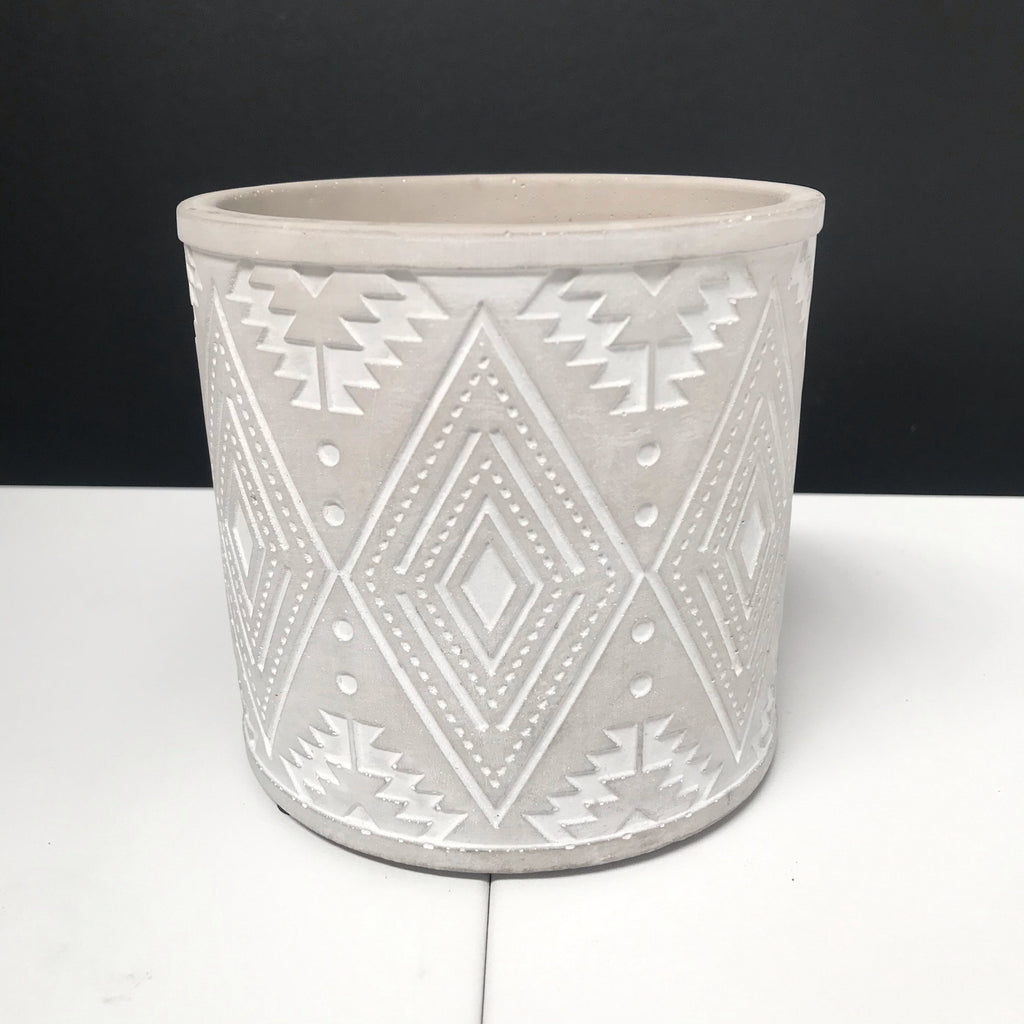Aztec Pot - Painted Grey with Engraved Pattern - 12cm