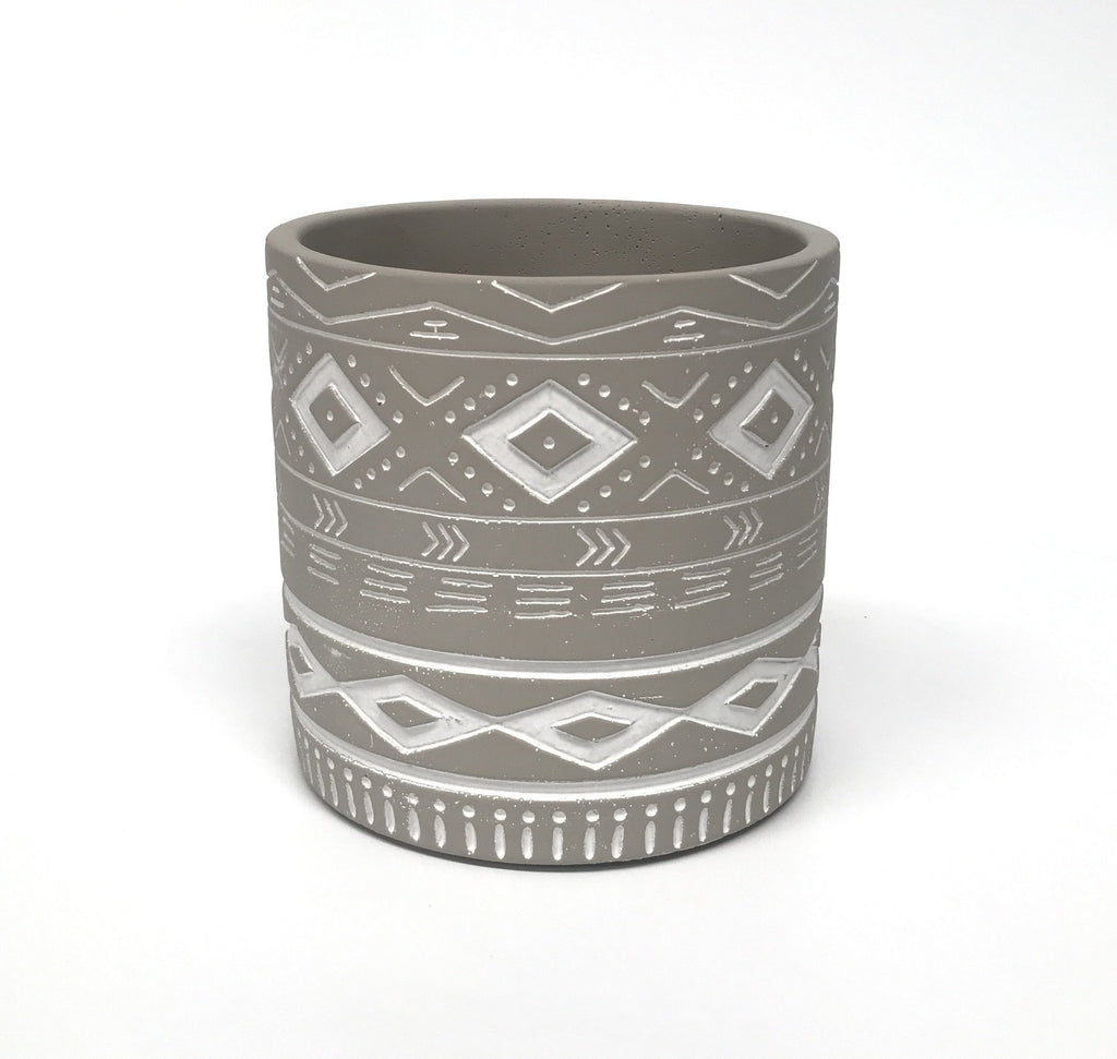 Gypsy Pot - Painted Grey with Engraved Pattern - 14cm