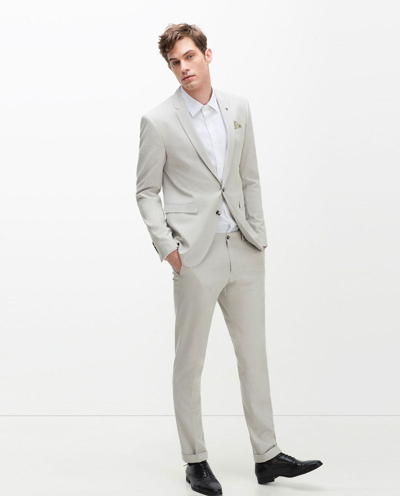 Contrasting Grey Suit