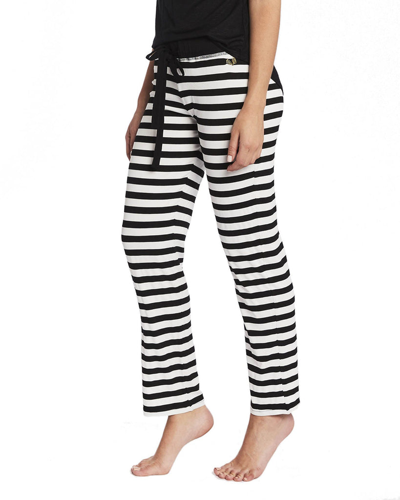 Casual Lounge Pants in Black and White