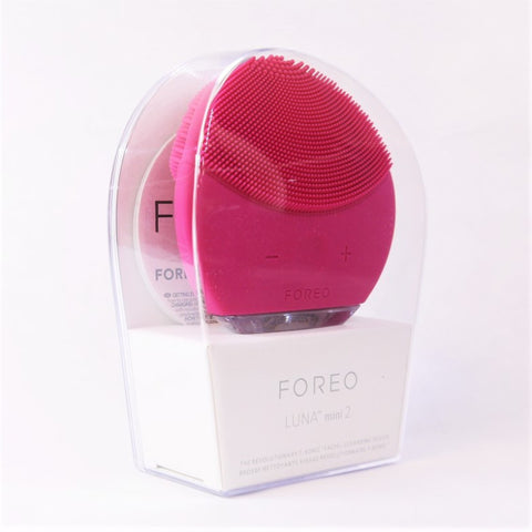 Foreo Luna mini 2 Cool & Customizable Face Brush - Fuchsia