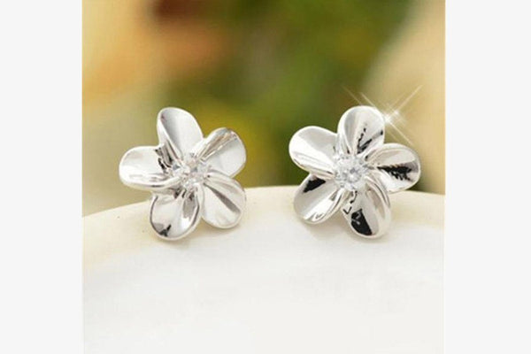 Amazing Crystal Flower Ear Studs - Phonebibi