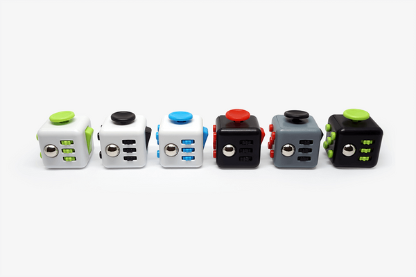 4. Top Seller - Fidgete Cube (Random Color) - Phonebibi