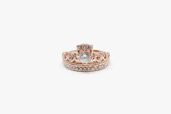 Perfect Gold Queen Ring