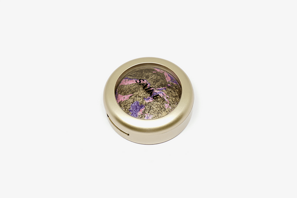 Pigmented Wet Dry Eyeshadow (Random Color)