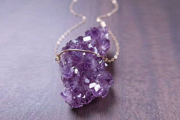 Handcrafted Crystal Necklace - Phonebibi