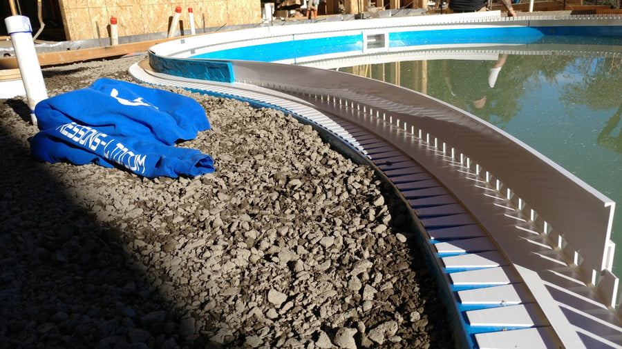 Z Poolform Bendable Receiver Track