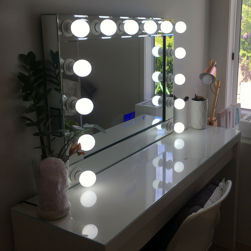 Hollywood Mirror with Bluetooth Speakers Extra Large, Sensor Dimmer,USB,Power Points