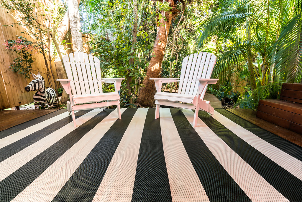 Outdoor Rug - Bold Yet Elegant Black and White Stripe