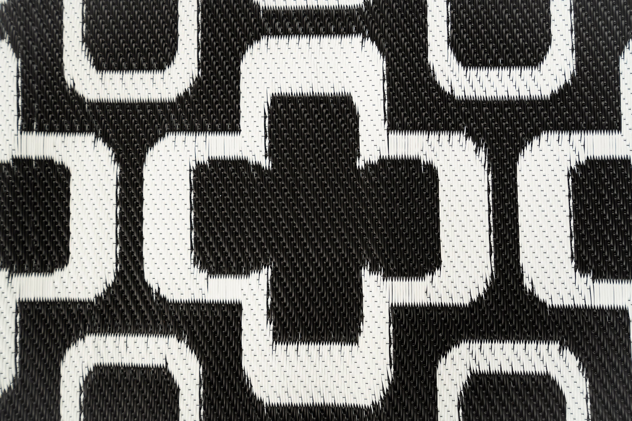 Outdoor Rug - Funky Retro Flowers Black and White
