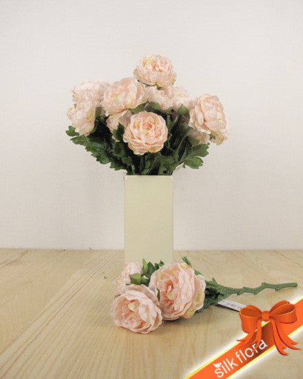 Ranunculus Spray HF3646