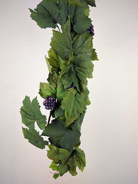 Grape Leaf Ivy Garland with fruit S2604