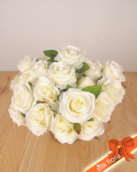 Cream Rose Bunch x 5 GF60145