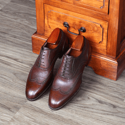 Antonio Meccariello - Pebble Grain Brogues in Chestnut - Yeossal