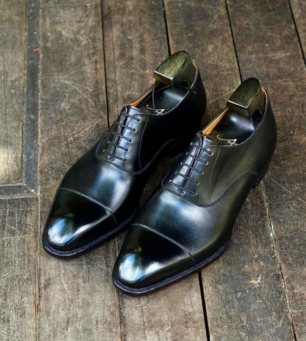 WHITLEY PLAIN CAPTOE IN BLACK
