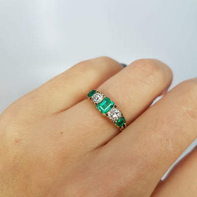 VICTORIAN EMERALD AND OLD MINE CUT DIAMOND BAND IN 18K GOLD - SinCityFinds Jewelry