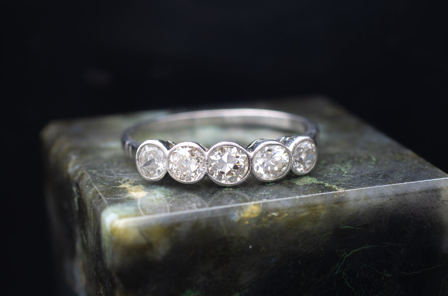 0.85CT FIVE STONE DIAMOND RING IN PLATINUM