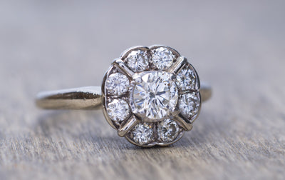 VINTAGE DIAMOND CLUSTER DAISY STYLE RING IN WHITE GOLD