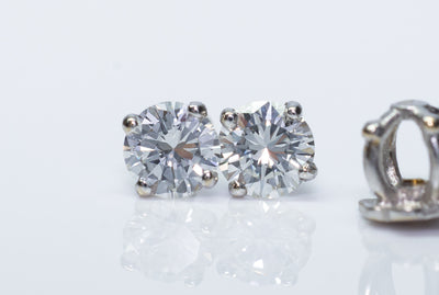 0.80ctw BRILLIANT CUT DIAMOND EARRINGS IN VINTAGE SETTINGS