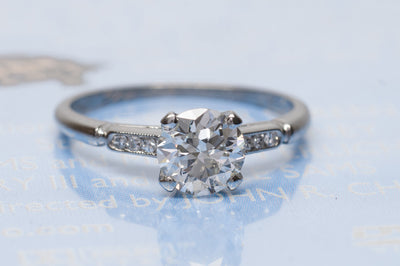 0.95CT ART DECO OLD EUROPEAN CUT DIAMOND SOLITAIRE WITH ACCENTS