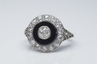 ART DECO ONIX AND OLD EUROPEAN CUT DIAMOND RING IN PLATINUM - SinCityFinds Jewelry
