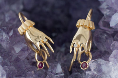 THE MOONSTONED PRE-OWNED RUBY FRIDA EARRINGS
