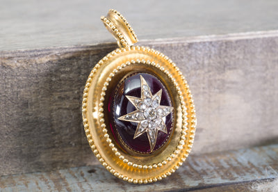 ANTIQUE 18K GOLD DIAMOND AND GARNET MEMORIAL LOCKET - SinCityFinds Jewelry