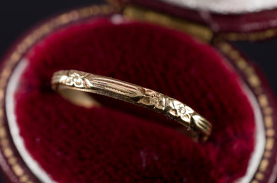 VINTAGE ETCHED  YELLOW GOLD BAND - SinCityFinds Jewelry