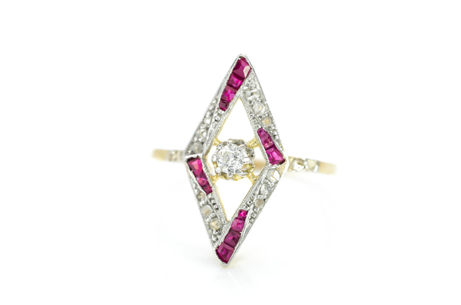 ART DECO RUBY AND DIAMOND KITE SHAPED RING