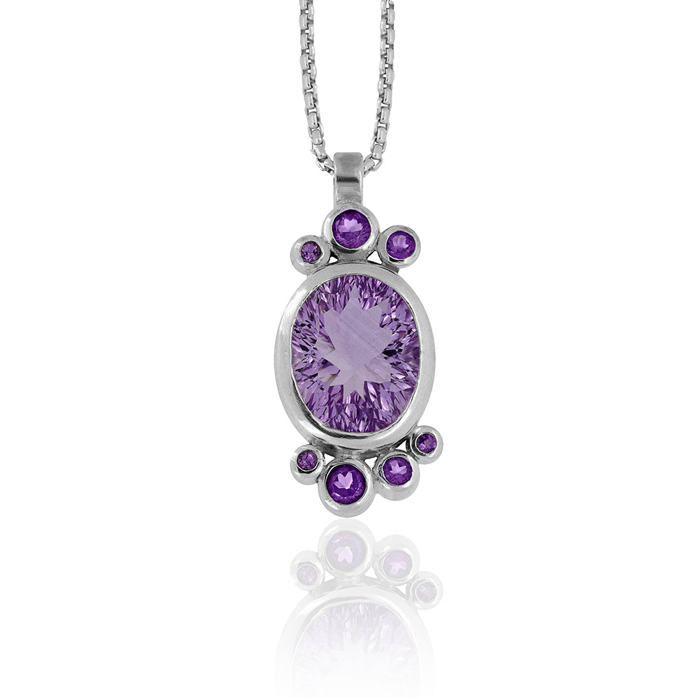 Halo cluster pendant in sterling silver and amethyst - ready to wear