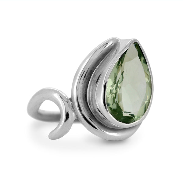 Entwine statement ring in sterling silver and green quartz - ready to wear