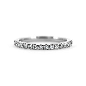 Diamond wedding ring - claw set