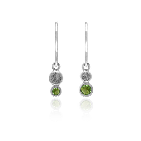 Halo mini drop earrings in textured sterling silver - peridot
